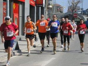 La 16 cursa vilanovina torna a superar els 600 participants
