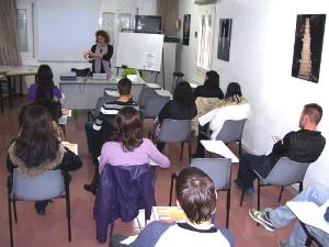 Promoció Econòmica assessora al jovent sobre els cicles formatius que poden fer després de l'ESO