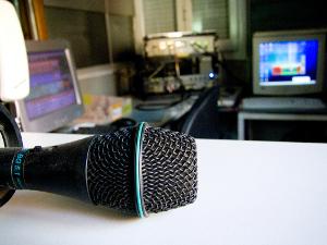 La capsa dels contes, principal novetat a la programació 2010/2011 de Ràdio Nova