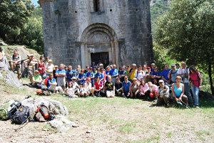 La Colla Excursionista de Vilanova del Camí, a Sant Aniol d'Aguja