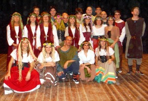 La força dels 4 elements de l'Esbart Dansaire de Vilanova del Camí fan lluir la Diada
