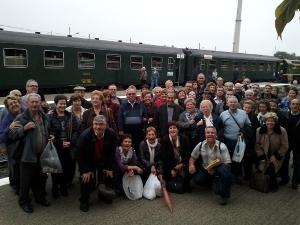 Una cinquantena de persones viatgen a La Pobla de Segur amb l'Associació de Veïns del barri Bonavista