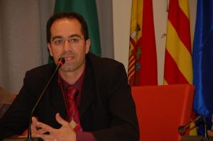 Es convida a la participació en les comissions d'Agermanament i Festes