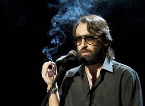 Tribut a l'humorista de les ulleres fosques, a Can Papasseit