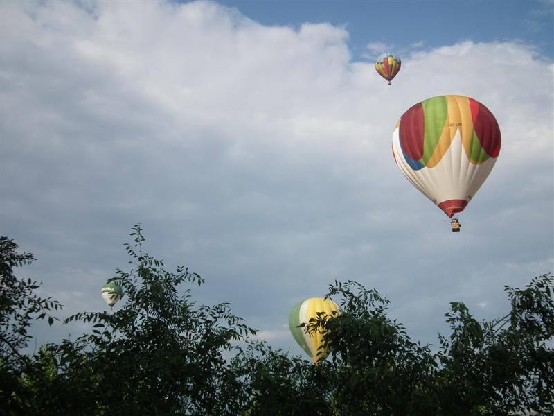 Primer vol de l'European Ballon Festival amb condicions idònies