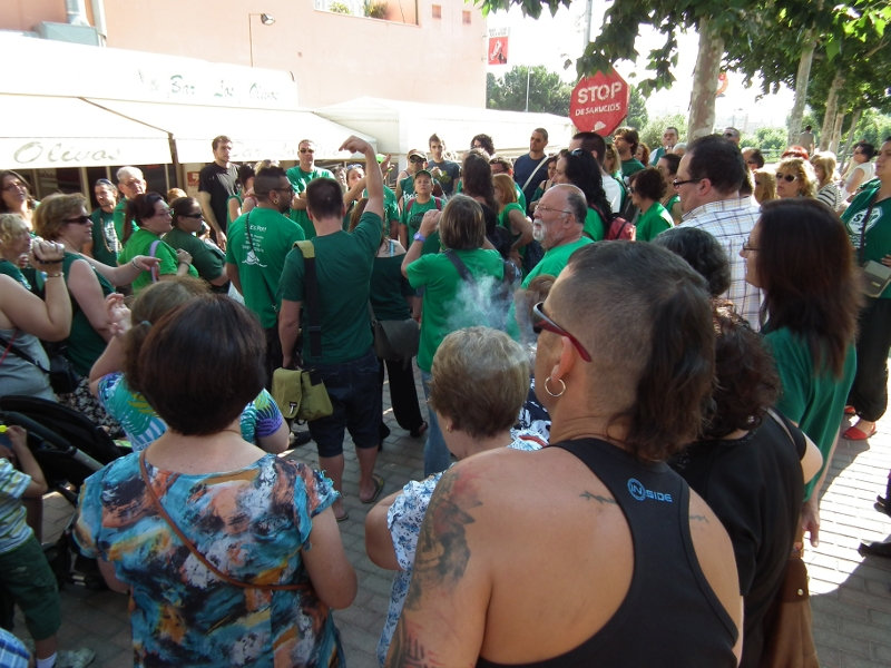 Primera victòria de la PAH Anoia en ajornar el desnonament d'una montbuienca