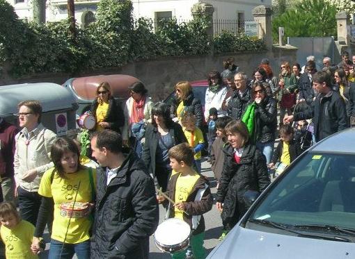 L'Assemblea groga convocarà noves mobilitzacions a favor d'una educació pública sense retallades