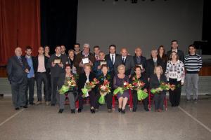 Homenatge a 5 matrimonis vilanovins que fan les Noces d'Or