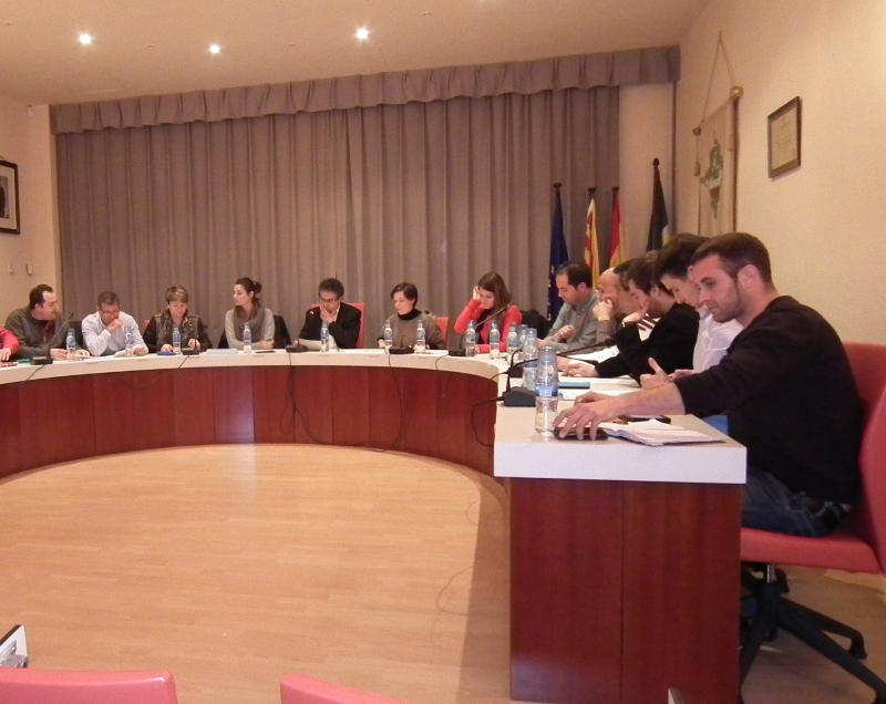 Vilanova defensa el model educatiu i la llengua davant l'ofensiva judicial