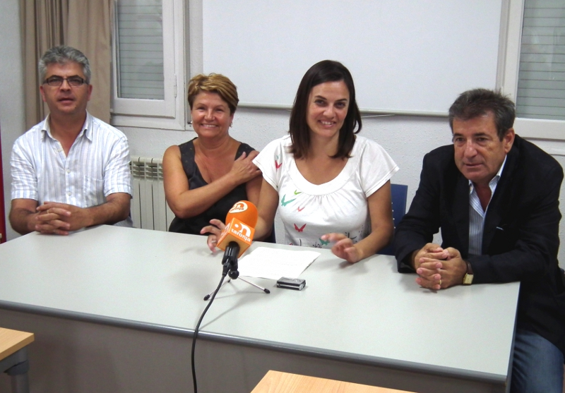 L'alcaldessa i els regidors del PSC de Vilanova del Camí critiquen amb contundència l'agrupació local