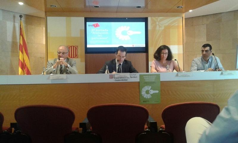 """Vilanova del Camí """"aixecarà les persianes"""" de 4 establiments buits del centre històric"""