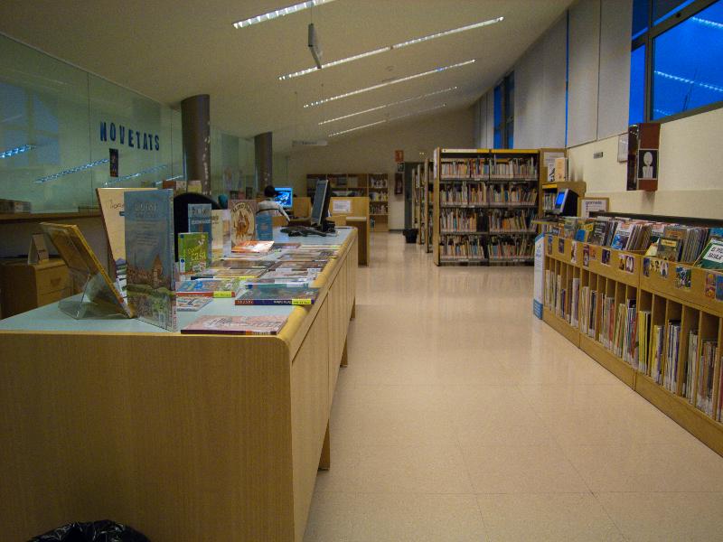 La biblioteca creix en nombre d'usuaris, préstecs i serveis