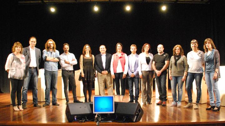 Moderació i síntesi en l'acte públic de Ràdio Nova amb els candidats