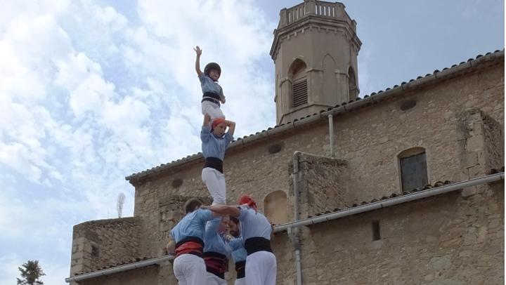 La cita més tradicional amb castellers, gegants i el Ball de Vilanova