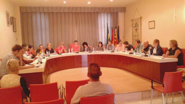 Crònica del Ple: El govern de l'Estat escanya les finances municipals