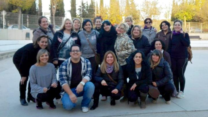 Un bon grup de mares inicien el projecte Pati a l'Escola Pompeu Fabra