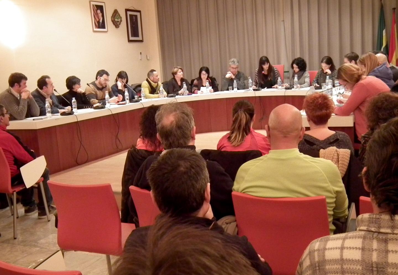 Mocions per la igualtat al món local, el dret a la informació i una felicitació a Protecció Civil