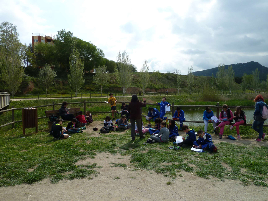 Un nou grup d'alumnes del Pompeu Fabra coneixen el riu amb GEDEN
