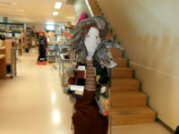 Exposicio bruixes biblioteca maig 16 2