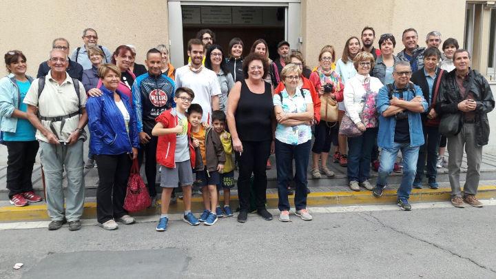 43 persones gaudeixen de l'espai natural de Vilanova en el marc del Pla de Barris – FOTOGRAFIA