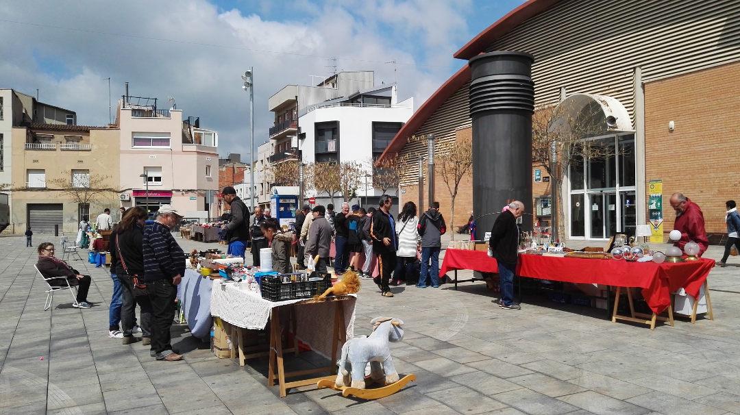 L'últim dissabte de mes torna el mercat d'antiguitats