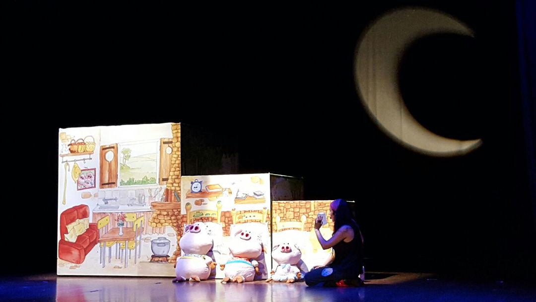 Xarxa Vilanova aixeca el teló animant als petits a superar la por