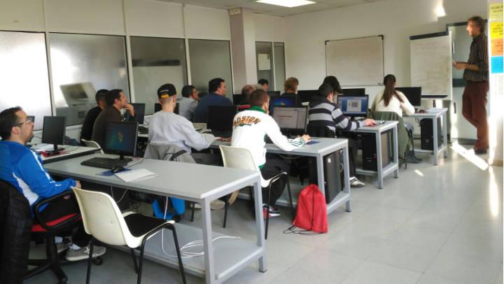 Promoció inicia un curs de formació ocupacional en el sector administratiu