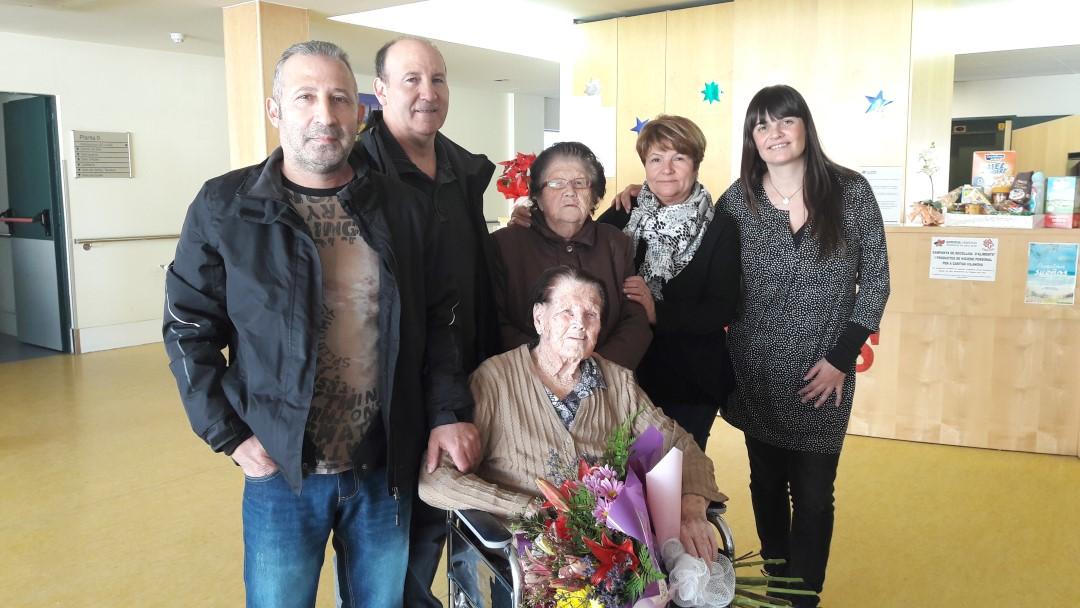 La vilanovina Ma Rafaela Rubio Alcaide celebra el seu 101 aniversari