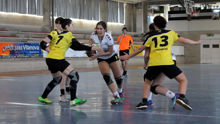 El Vilanova perd davant el Canovelles, un rival directe