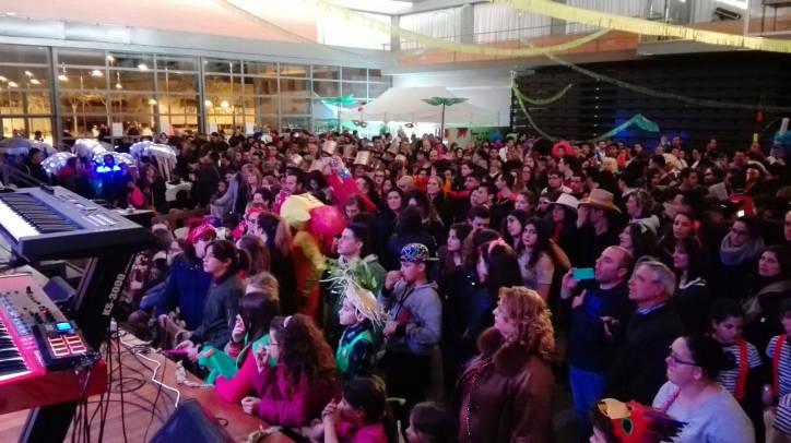 Creativitat i disbauxa, reines del Carnaval més 'calent' on el Camp del Rei torna a endur-se premi |ÀUDIO i FOTO|