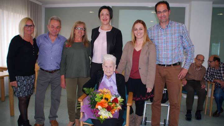 Vilanova té des d'aquesta setmana una nova àvia centenària, Maria Luque Orgás |FOTOS|
