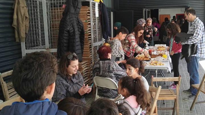 'Vilanova Acollidora' destina 300 euros en favor dels refugiats