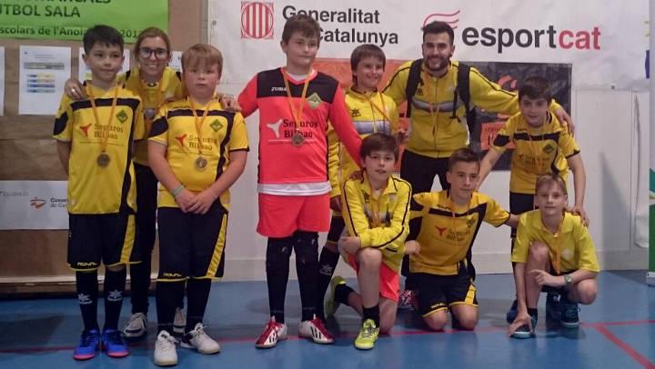 El CFS Can Titó campió del Top4 del Campionat Comarcal Aleví de futbol sala i sotscampió territorial