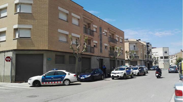 La intervenció policial i la negociació amb els propietaris avorta una ocupació