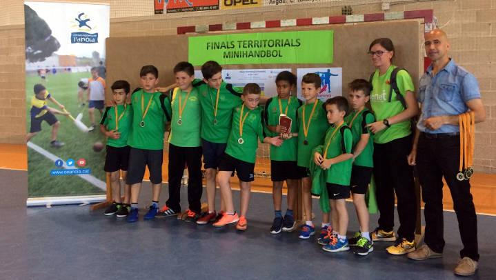 Intenses jornades finals d'esport escolar amb destacat paper dels equips vilanovins |FOTOS|
