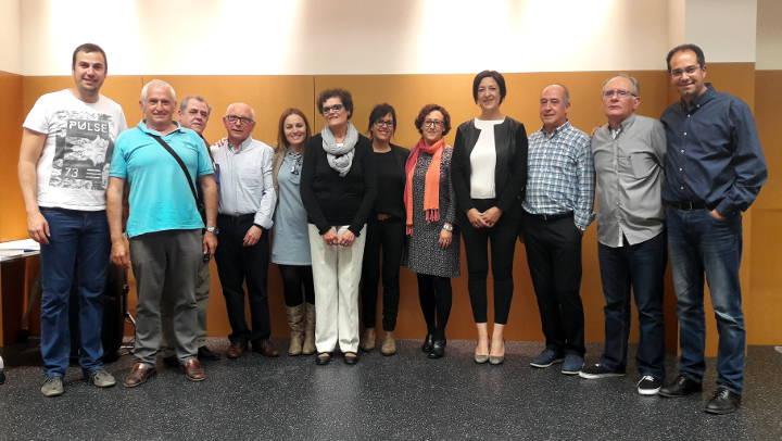 L'Ajuntament ret un homenatge a la comunitat educativa de Vilanova del Camí |FOTOS|