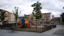 Surt a concurs el contracte d'obres per ampliar la zona de jocs de la plaça del Mercat