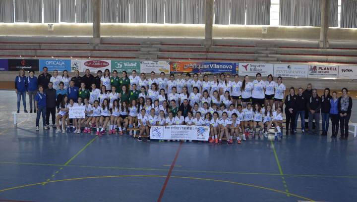 L'handbol vilanoví presenta set equips i prop de 90 jugadores
