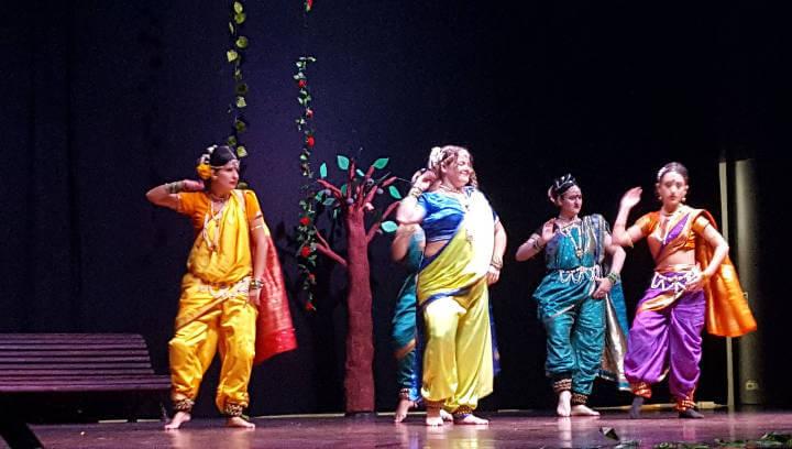 Sweet India fa una nova contribució al Banc de la Teca gràcies al Diwali solidari
