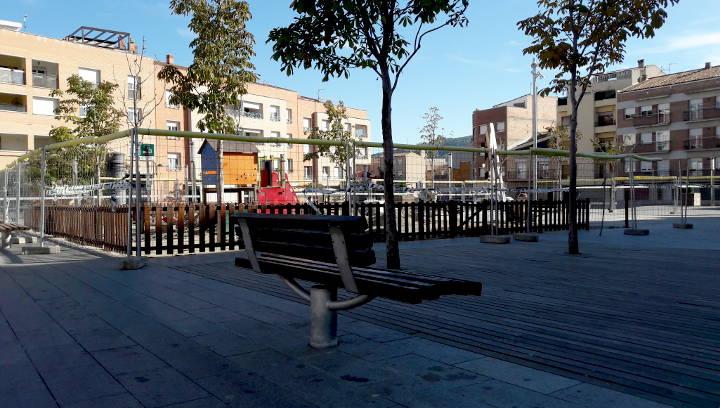 El nou espai de jocs infantils de la plaça del Mercat s'ampliarà amb 140 metres quadrats