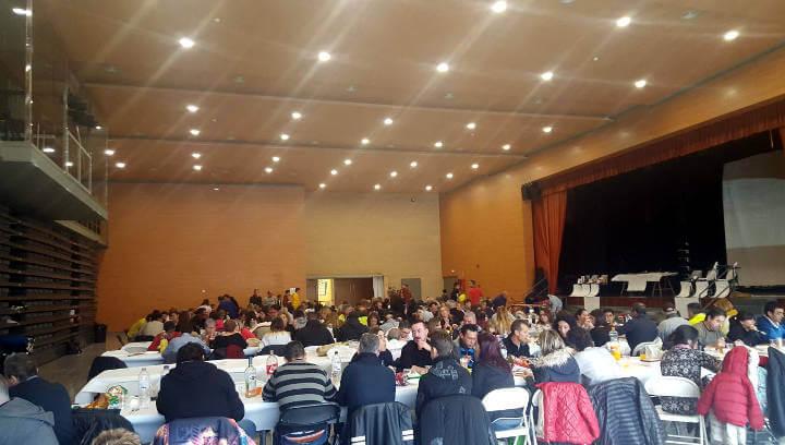 La Peña Bética celebra el Nadal entre socis i simpatitzants i acompanyats de les autoritats locals