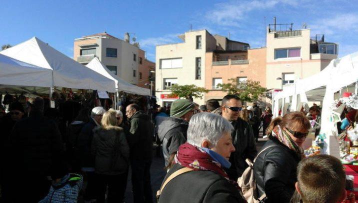 Gran afluència de públic i bones vendes per als establiments de Vilanova Comerç en la Fira de Nadal |ÀUDIO|