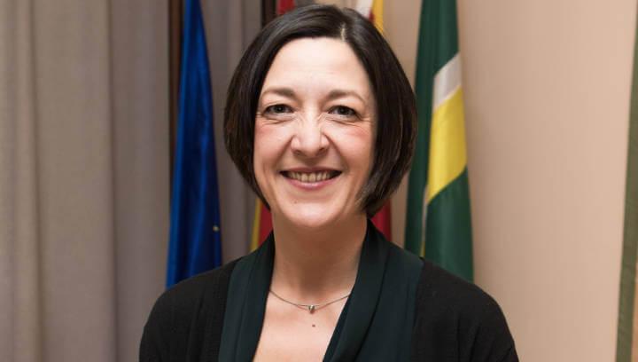 L'alcaldessa Noemí Trucharte posa el seu mòbil a disposició de la ciutadania