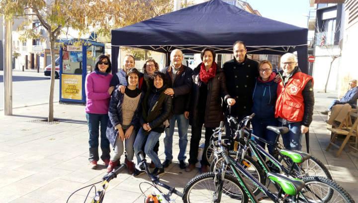 La regidoria de Solidaritat reforça amb 2.200 euros dos projectes adreçats a famílies vulnerables