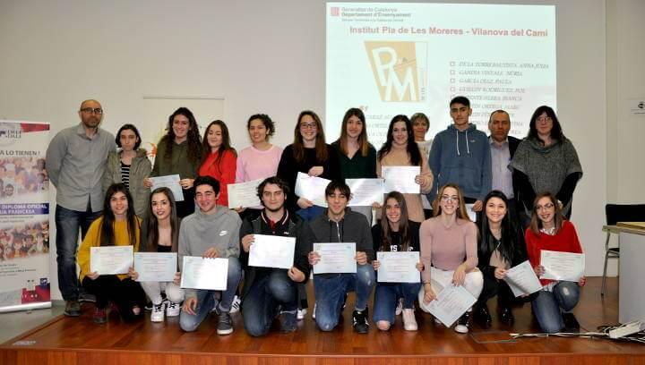 Divuit alumnes del Pla de les Moreres acreditats pel nivell de francès amb el diploma DELF