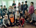Dos nous grups de segon de primària del Joan Maragall visiten Ràdio Nova i l'Ajuntament |ÀUDIO|
