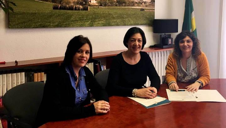 Treball en xarxa entre l'Ajuntament i Endinsa't per potenciar el joc i el temps de lleure de qualitat