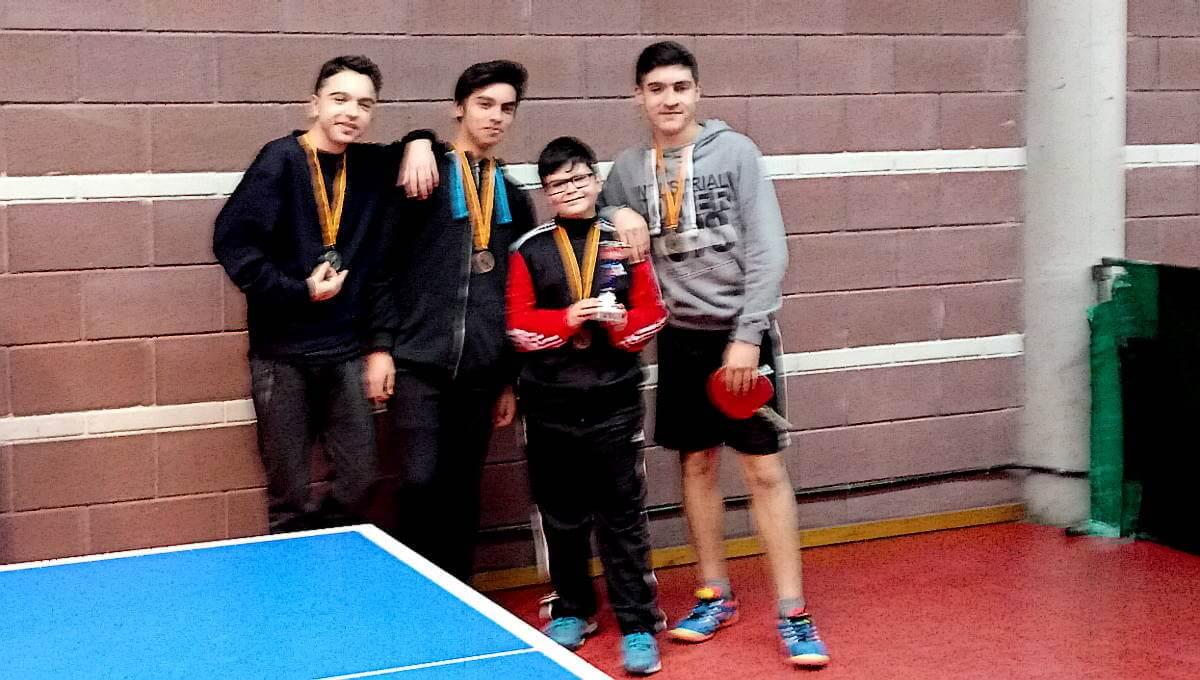 El CTT Vilanova del Camí prepara una jove cantera que destaca en els Jocs Escolars