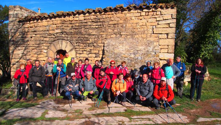 La Colla vilanovina amplia coneixements sobre l'Anoia amb una excursió a Bellprat