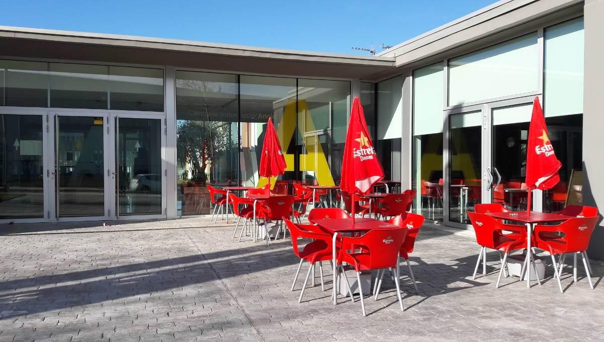 Les terrasses de bars i restaurants vilanovins amplien l'horari d'obertura